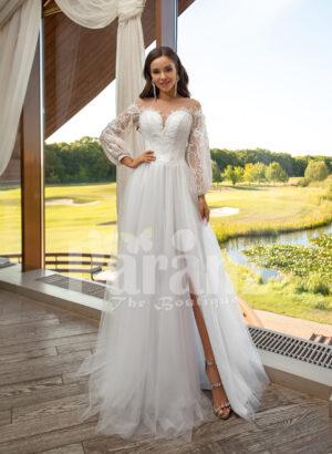 Women's pearl white elegant side slit tulle skirt wedding gown with royal bodice