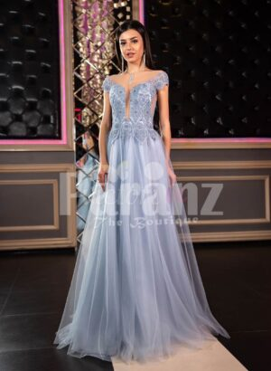 Womens off-shoulder style princess like evening party gown with tulle skirt