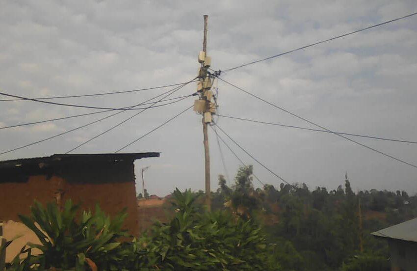 Kirehe: Bahaye abandi amashanyarazi bo barabasimbuka kuko bari mu kiciro cya mbere