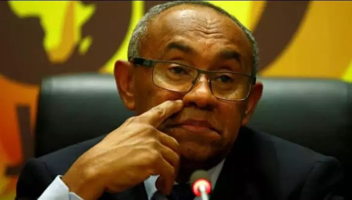 FIFA yahagaritse Perezida wa CAF kubera kwakira impano y'amafaranga