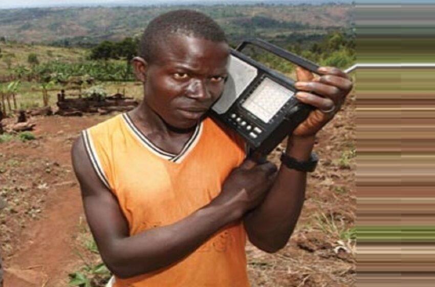 Gicumbi: Hari abumva Radio zo mu Rwanda babanje kujya mu wundi Murenge