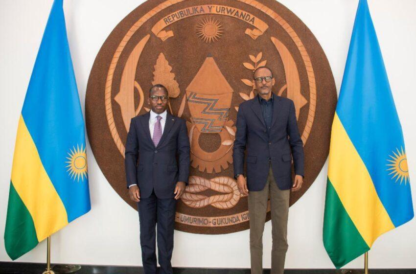 P.Kagame yakiriye Minisitiri wo muri Togo amuha ubutumwa bwa Perezida Faure Gnassingbe