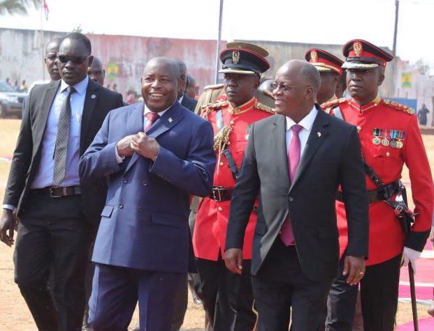 Perezida Magufuli na Evariste Ndayishimiye bahaye ubutumwa bw'ishimwe Museveni