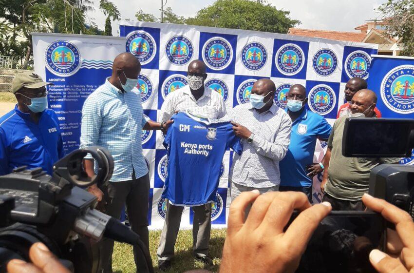 Cassa Mbungo yerekanwa mu kipe ya Bandari FC nk'umutoza mukuru wayo