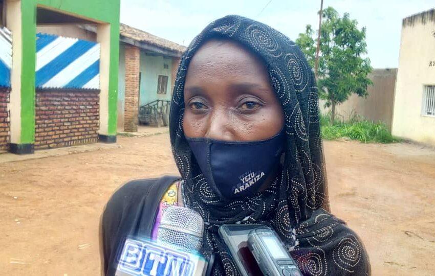 Kamonyi/Kirwa: Amazi bakoresha mu ngo 'arimo imisundwe', kuyabona bibatwara isaha y'urugendo