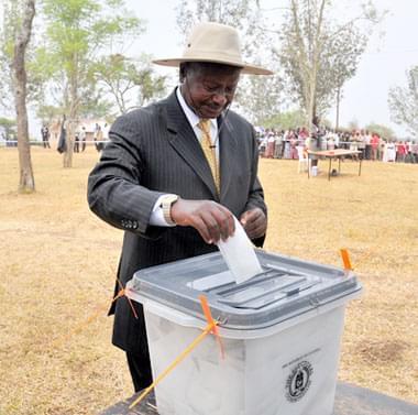 Bobi Wine yasabye abatora Perezida kuhaguma bakarinda amajwi yabo