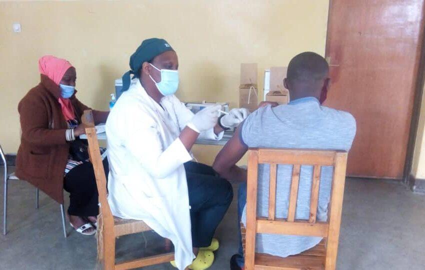 Abanyarwanda 208 677 ni bo bamaze guhabwa urukingo rwa COVID-19