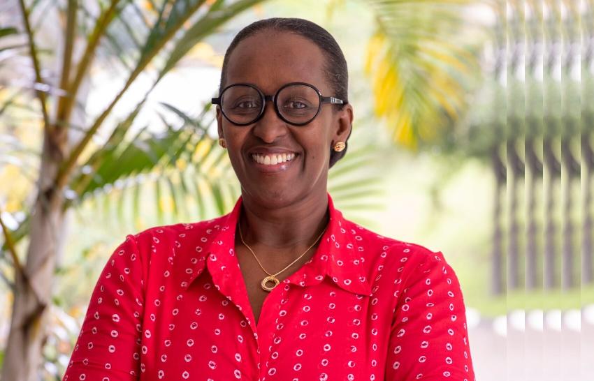 Mme Jeannette Kagame asaba buri wese gufatira urugero ku babyeyi akita kuri mugenzi we