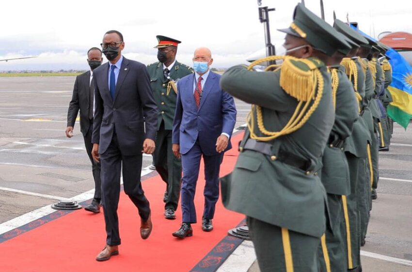 Perezida Kagame ari muri Angola mu nama yiga ku mutekano wa Centrafrica