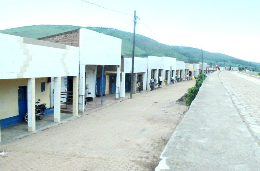 Gatsibo: Abatuye santire ya Rwagitima barasaba ko ishyirwamo amatara yo ku muhanda