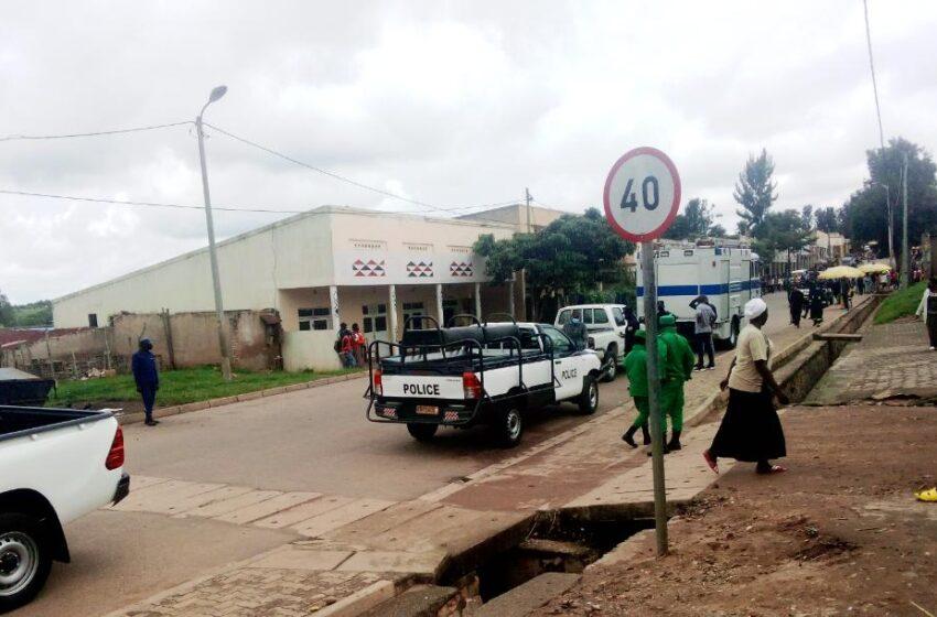 UPDATE: Abagabo 2 b'i Nyanza baguye mu cyobo cy'umusarani babakuyemo BAPFUYE