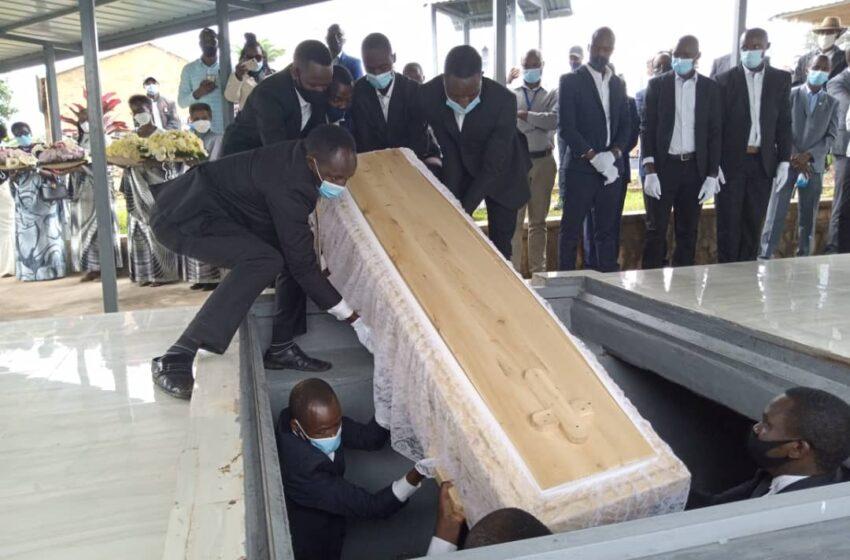 Kwibuka 27: Nyamagabe hashyinguwe imibiri 61 y'abatutsi yakuwe ahantu hanyuranye