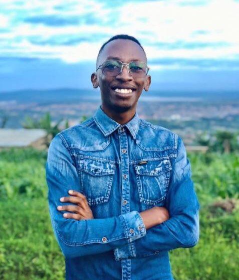 Nziza umurika imideli agiye gutangiza iduka ryitezweho guhindura isura y'imyambaro ikorerwa mu Rwanda