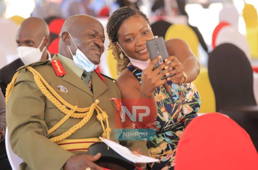 Polisi ya Uganda yafashe abandi 4 bakekwaho kurasa Gen Katumba wabarwanyije bamurashe