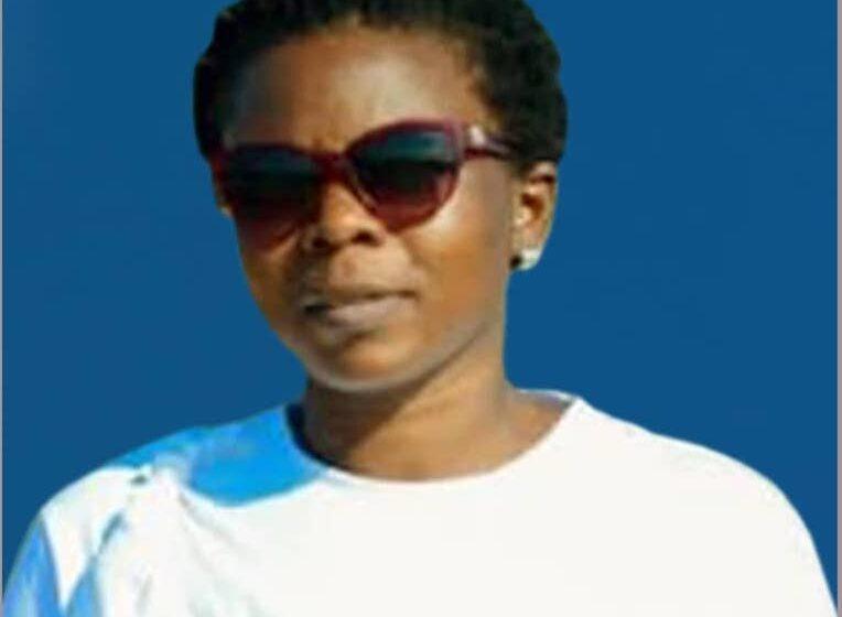 """Mme Ufitinema wamenyekanye nka """"YUMBE"""" kuri Radio Huguka yashyinguwe i Maputo"""