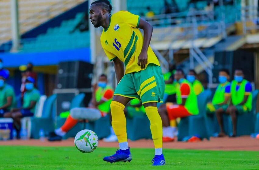 """Papa ngeyo?"", Nishimwe Blaise agisha inama se yo gukinira APR FC"