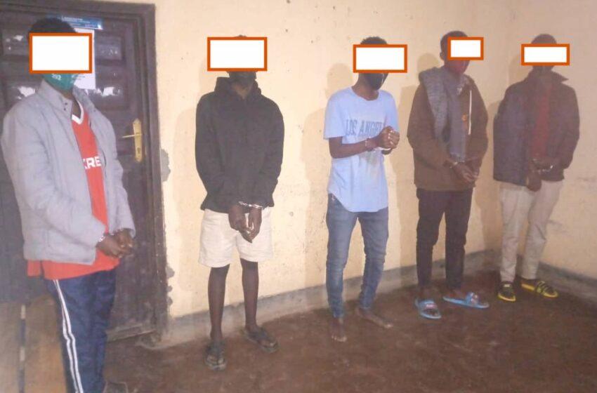 Ngororero: Abanyeshuri ba ESCOM batwitse ibitanda bararaho nubwo barekuwe, bazariha ibyangijwe
