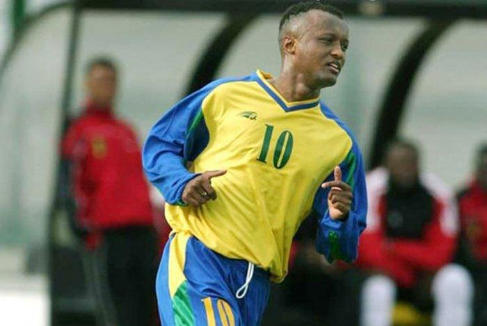 Imana y'ibitego! imyaka 18 irihiritse Jimmy Gatete ajyanye Amavubi muri CAN 2004 – inzira byanyuzemo