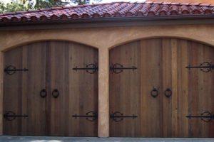 Wood Garage Door Service Installation Maintenance Repair San Antonio Boerne Helotes Alamo Heights