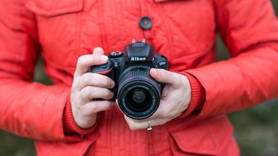 câmeras e lentes Nikon