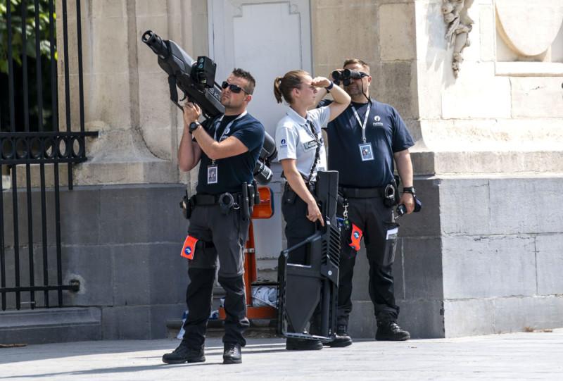 armas e dispositivo anti-drones