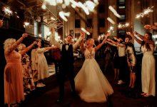 Fotógrafa exclui fotos de casamento na frente do noivo após ser proibida de comer e beber água