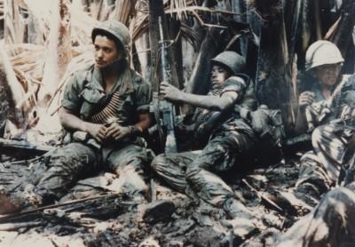 US-Army-troops-taking-break-while-on-patrol-in-Vietnam-War Public Domain via Wikimedia