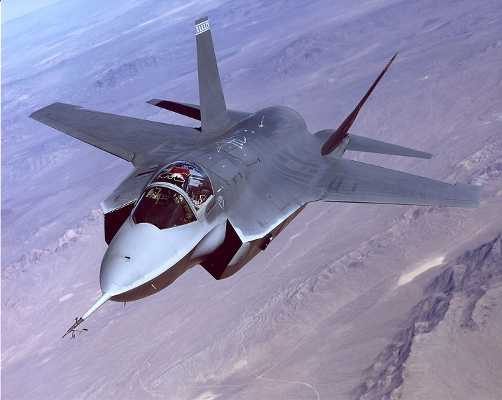 The X-35 Joint Strike Fighter demonstrator performs flight tests at Edwards Air Force Base, California (Photo credit: Wikipedia)