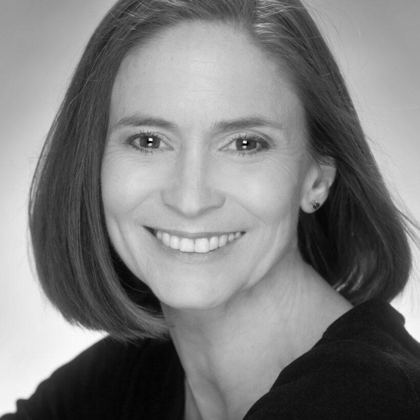 Cynthia Perry Bond, Mentor