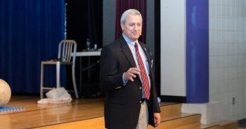 Lawrence DeLucas, speaking at the WashingtonExec STEM Symposium