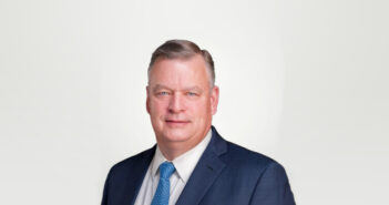 Dennis Kelly, Centauri