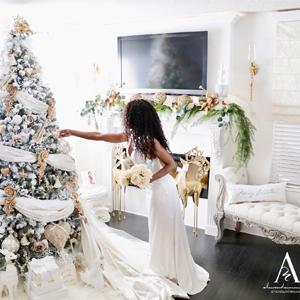 Shop Romantic Christmas Decorations