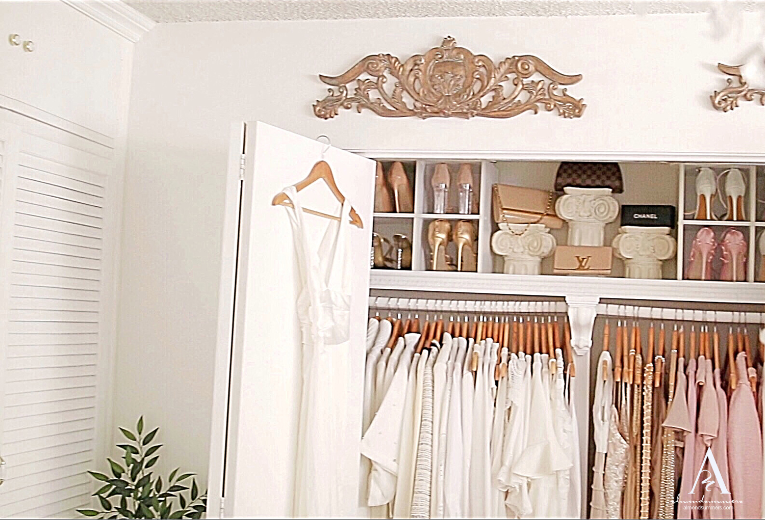 Organize Closet By Color Closet Decorating Ideas | How To Decorate Your Closet | DIY Closet Organization | Organizing a Small Closet | DIY Closet Shelves Small closet organization ideas
