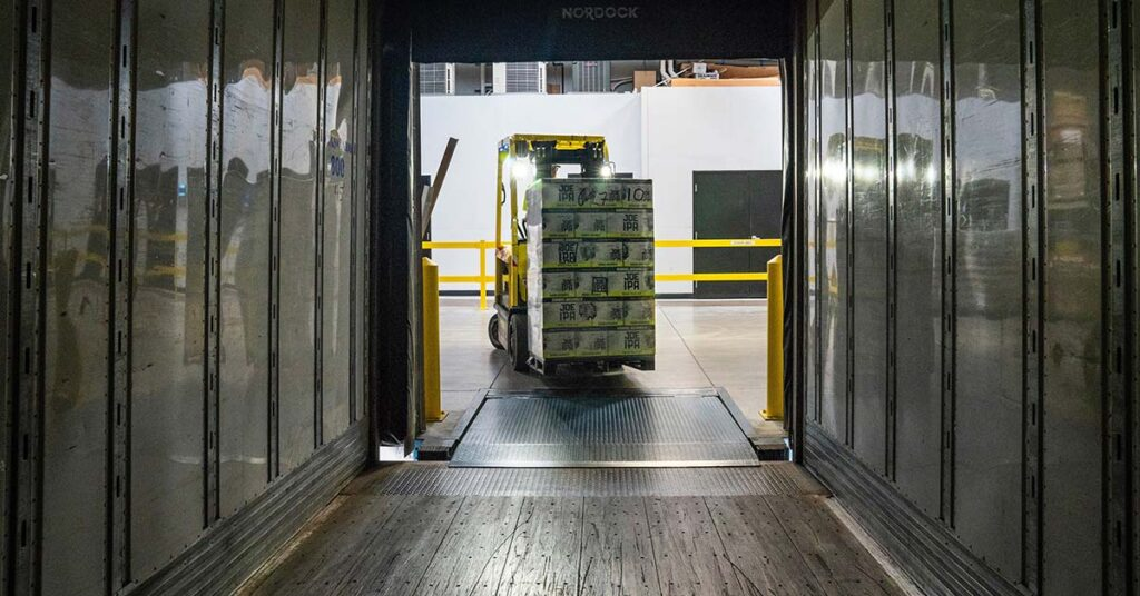 4 Convincing Reasons to Hire Someone to Do Logistics for You