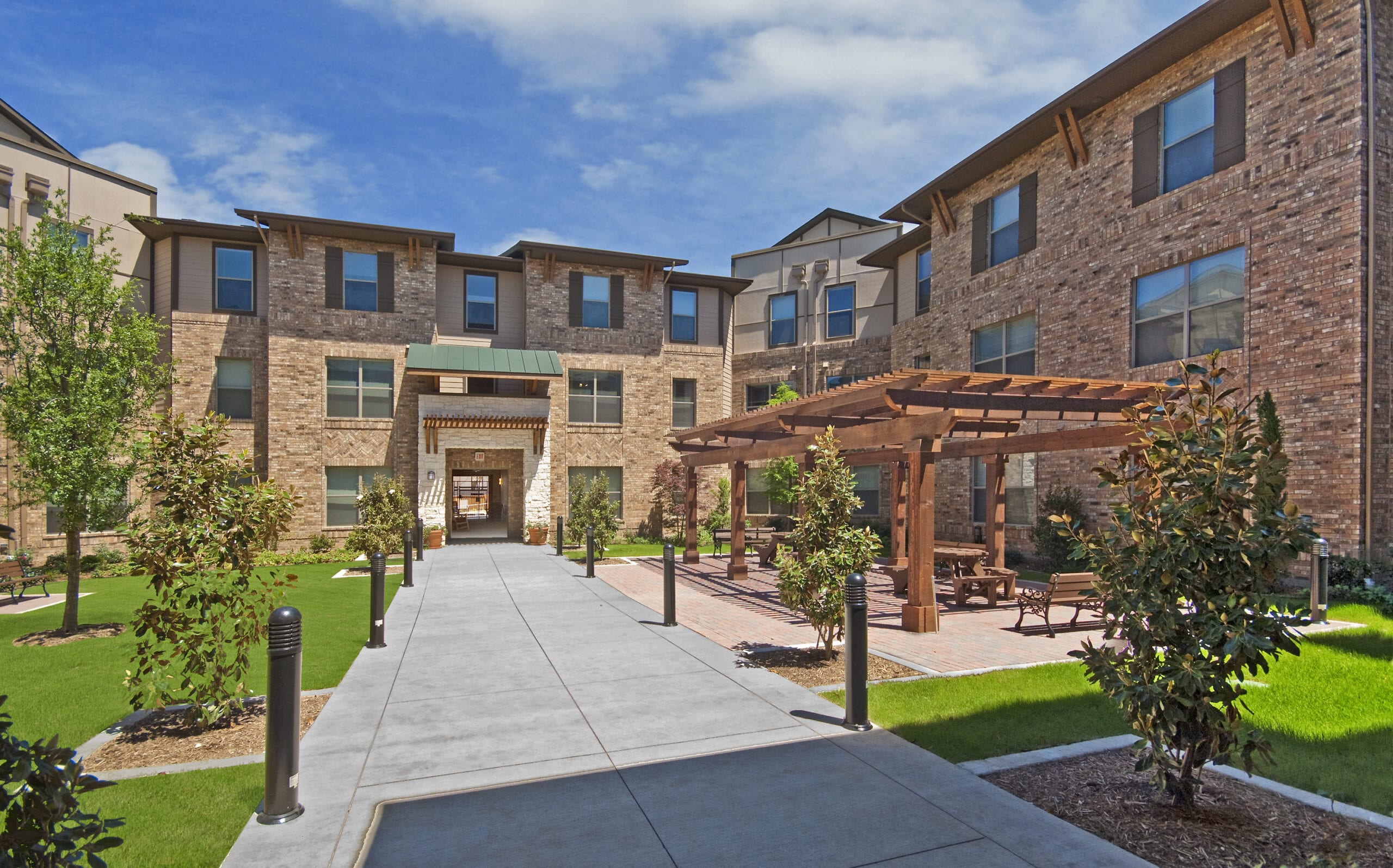 Senior Living Courtyard
