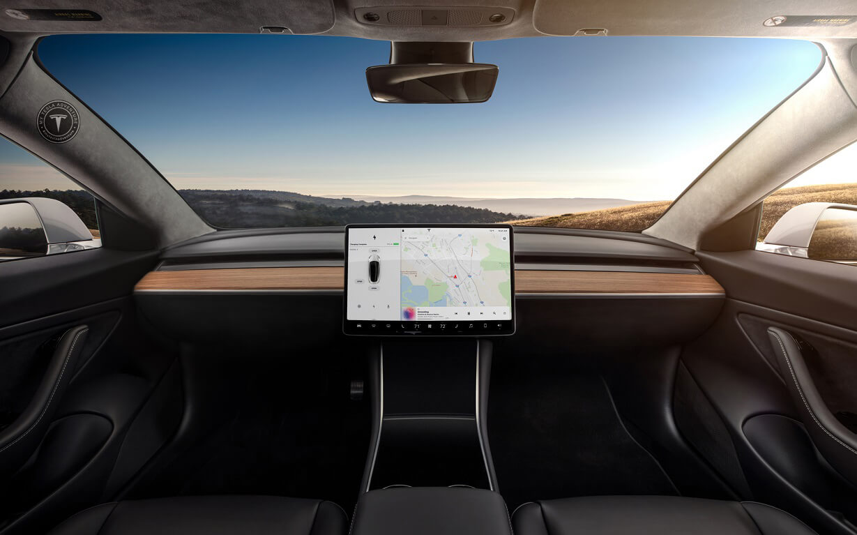 Tesla Model 3 no Steering Wheel