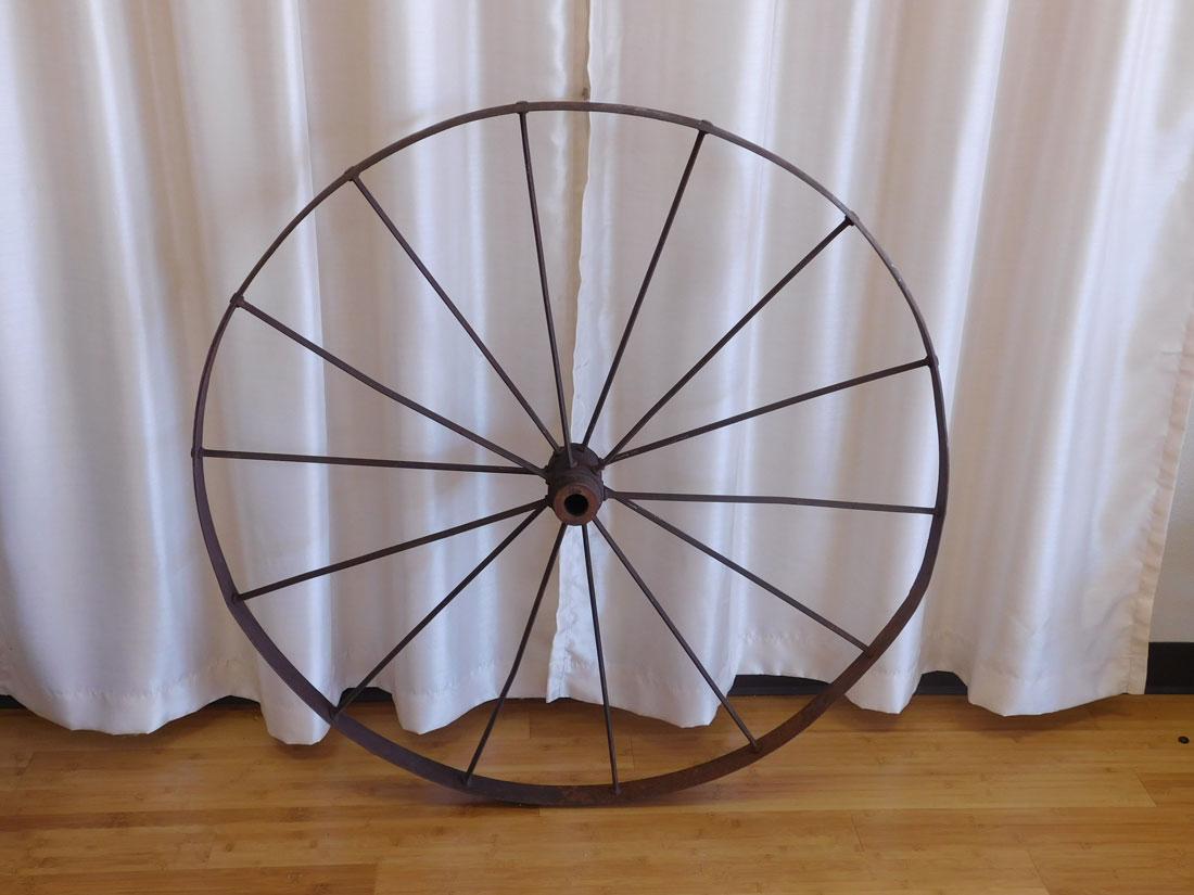 Iron wagon wheel