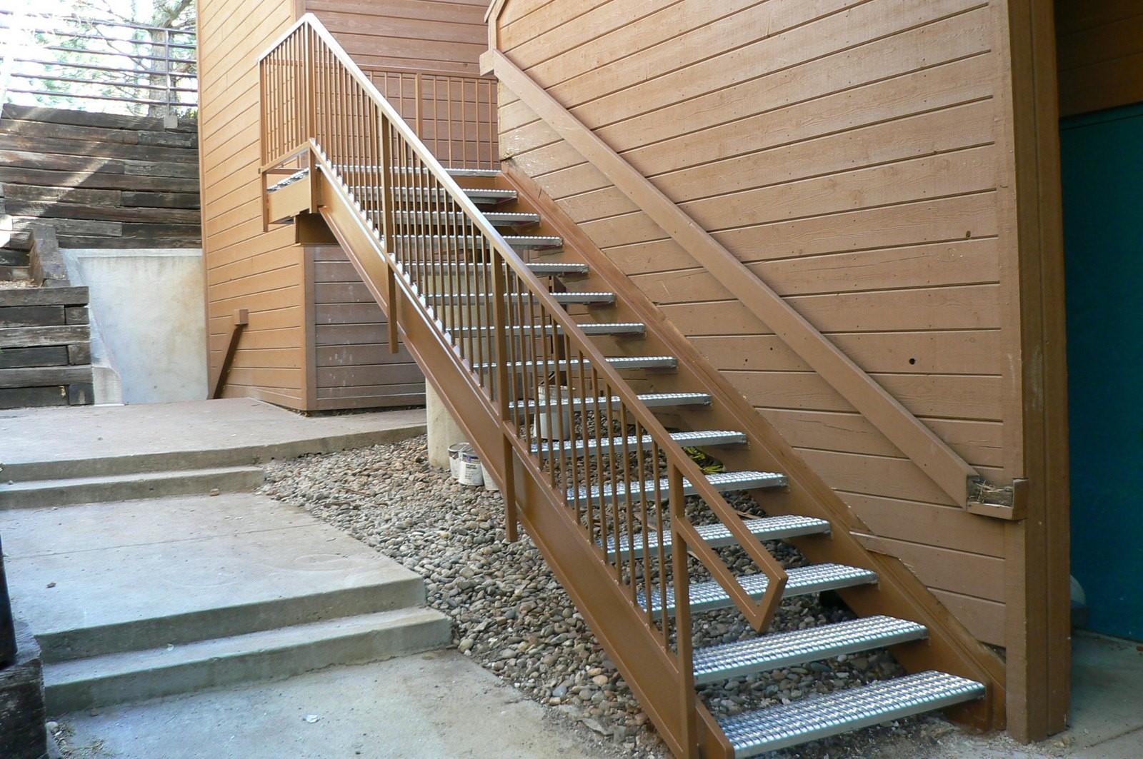cheyenne mnt stairway