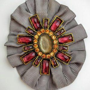 tq ribbon brooch