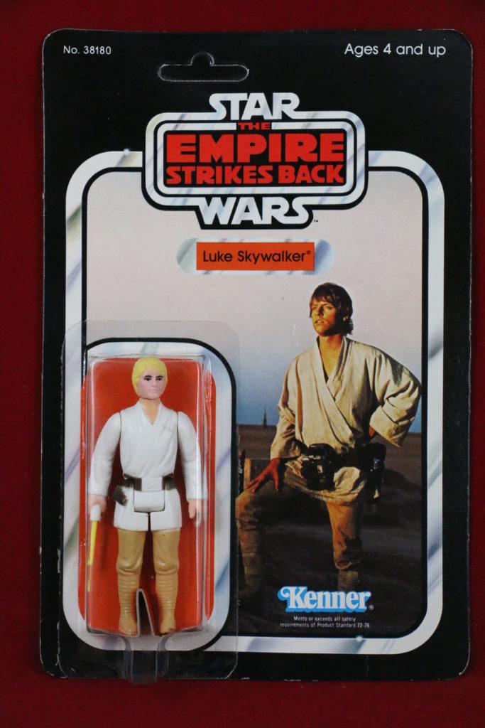 ESB Kenner Star Wars Luke Skywalker 32 Back A Front