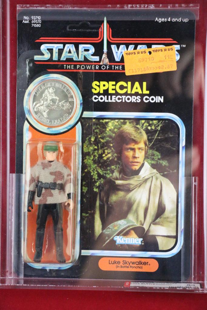 Luke Skywalker Battle Poncho POTF Front