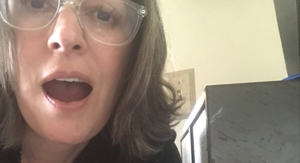 Paget Brewster Sends Custom Greetings to Fans for Charity!