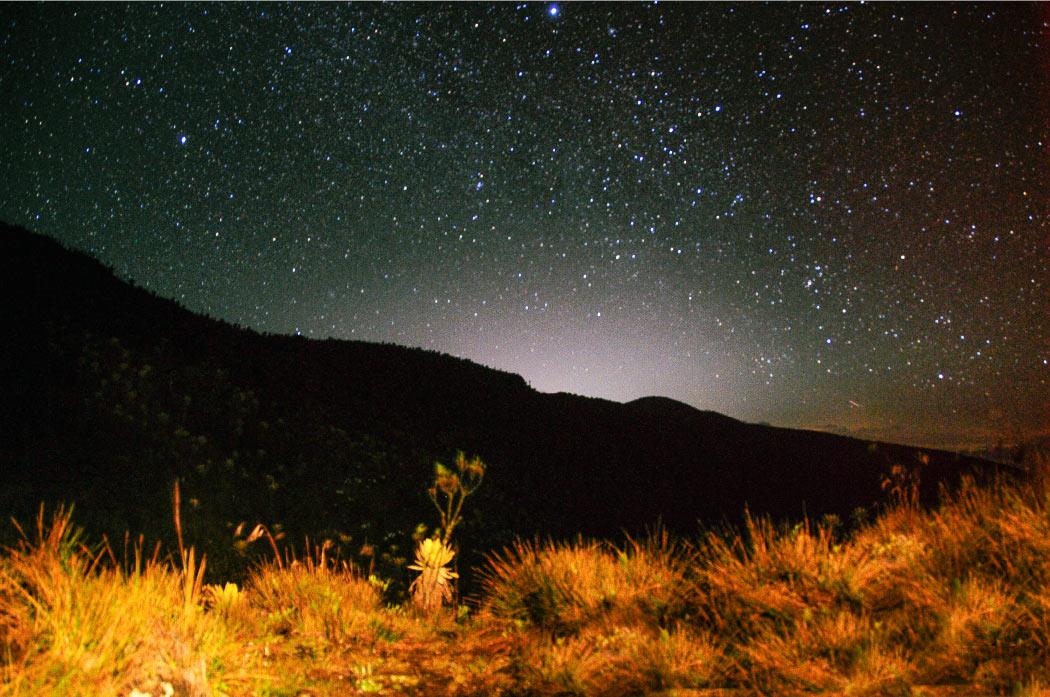 estrellas, fotografía, historia ambiental, relato, Páramo del sol, Antioquia, Urrao, Páramo de frontino, senderismo, Colombia, páramo, laguna, bosque, Esfera Viva, destinos ecoturísticos, ecoturismo, montañas de antioquia