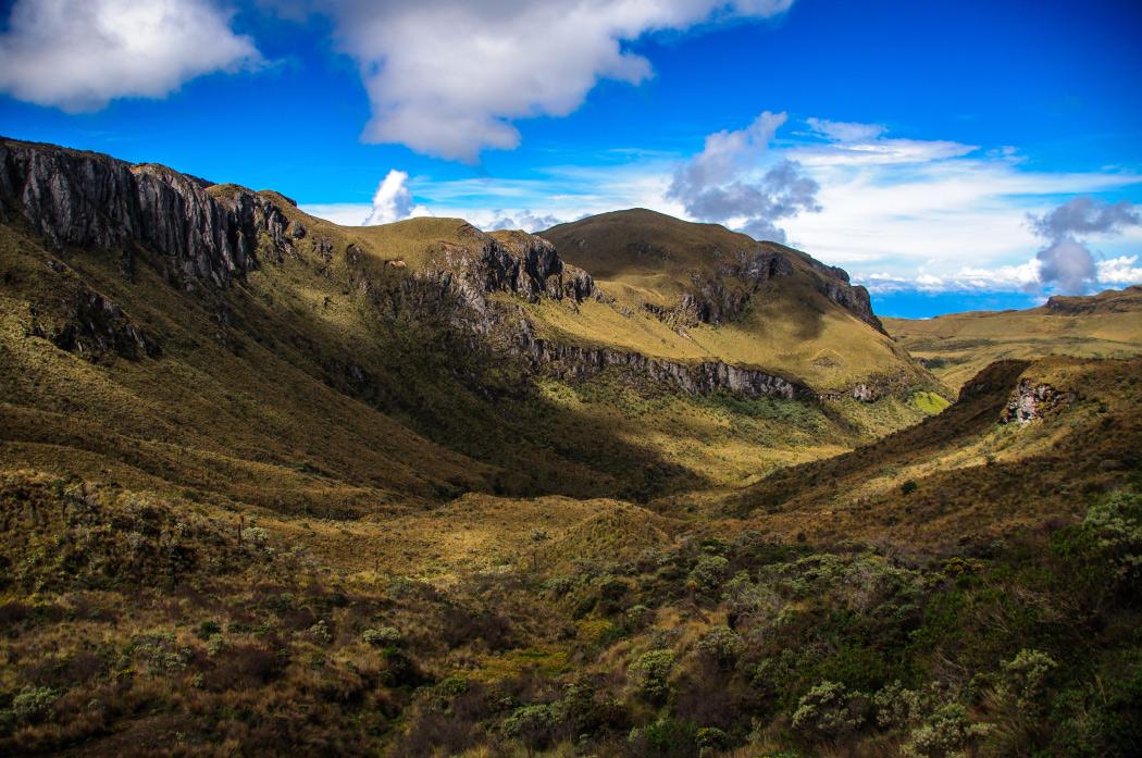 Nevado del ruiz, parque nacional los nevados, parques nacionales, colombia, ecoturismo, alta montaña, montañismo, senderismo, aventura colombia, lugares para viajar en colombia, esfera viva, blogs ambientales, medio ambiente
