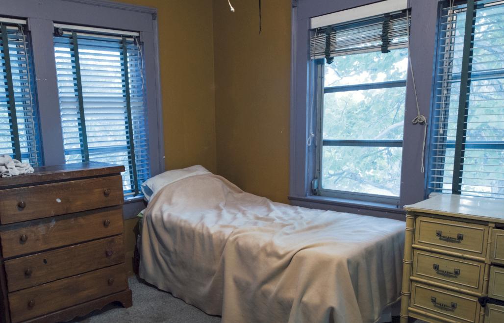 Peabody House Bedroom1