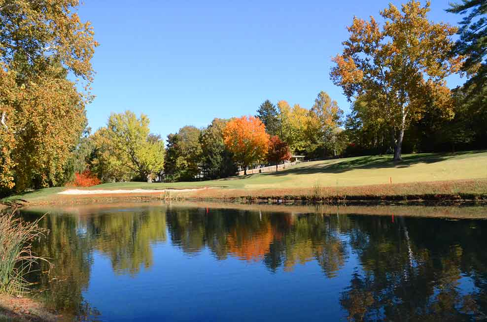 Algonquin-Golf-Club,-St-Louis,-MO-Lake