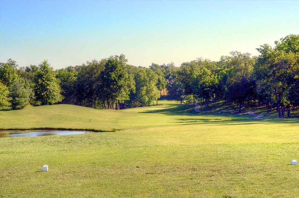 Bear-Creek-Golf-Club,-Wentzville,-MO-Tee
