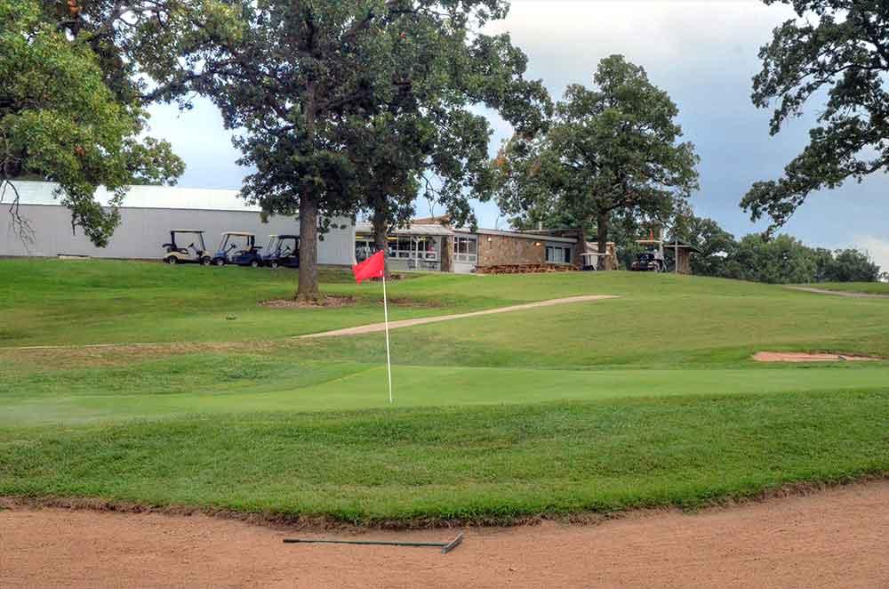 Carthage-Golf-Course,-Carthage,-MO-Green