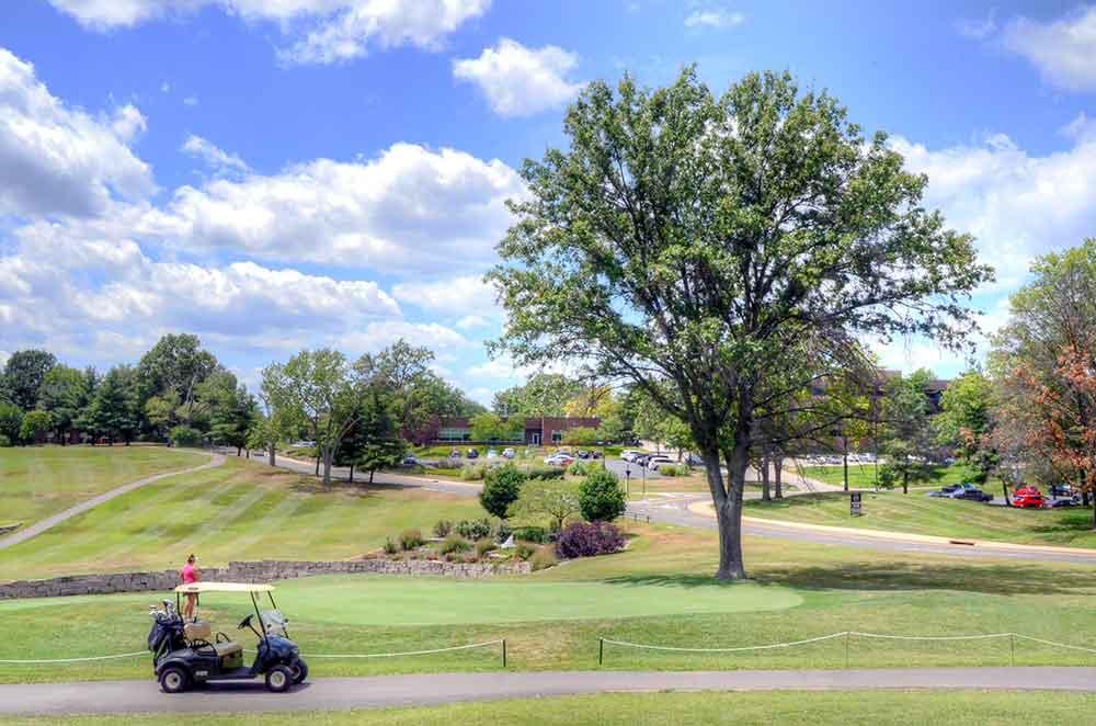 Creve-Coeur-Golf-Course,-St-Louis,-MO-Par-3