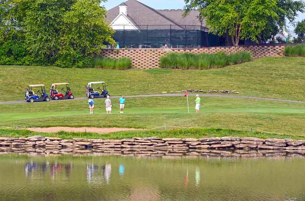 Heritage-of-Hawk-Ridge,-Lake-St-Louis,-MO-Reflection